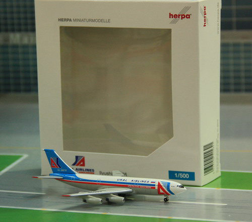 1:500 Ural Airlines IL-86
