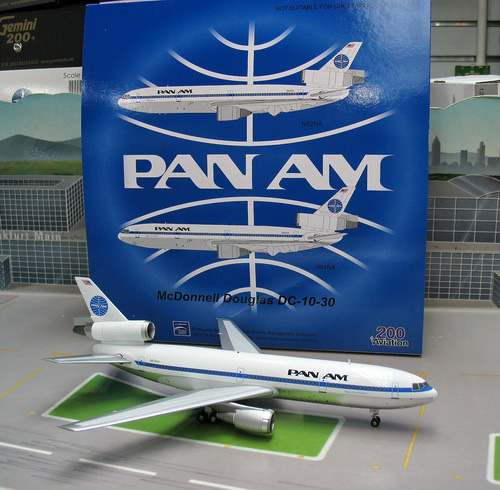 1:200 PAN AM DC-10-30