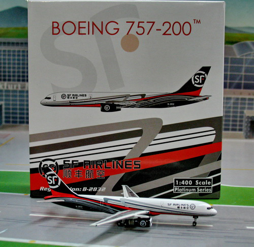 1:400 SF Airlines B757-200