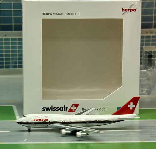 1:500 SWISSAIR B747-300