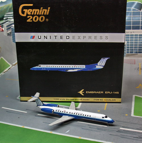 1:200 United Express ERJ-14 ...