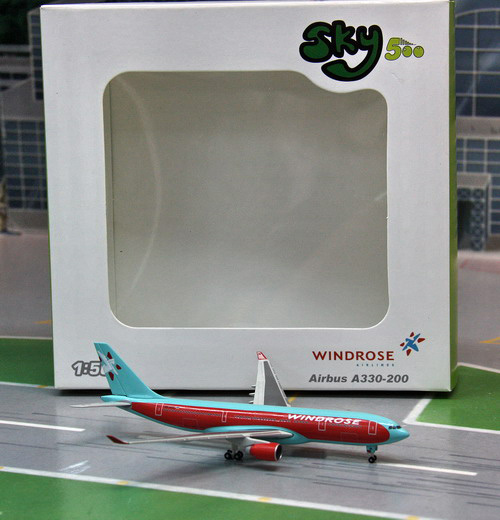 1:500 Windrose Airlines A33 ...