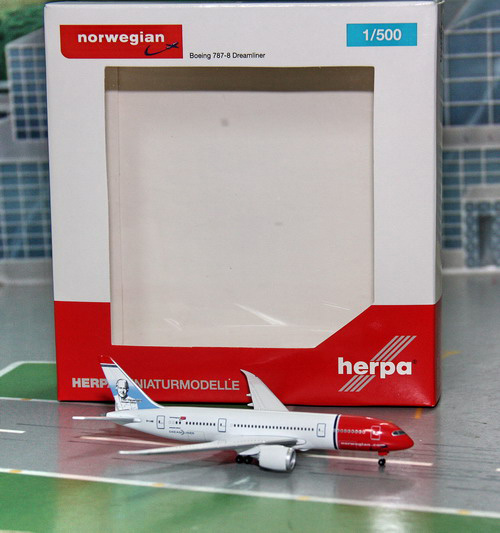 1:500 Norwegian B787-8