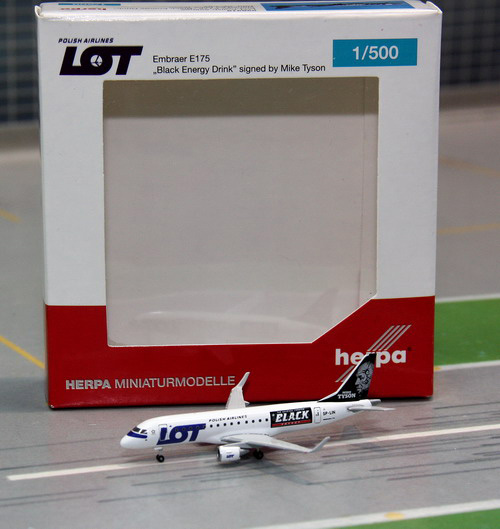 1:500 LOT Embraer E175