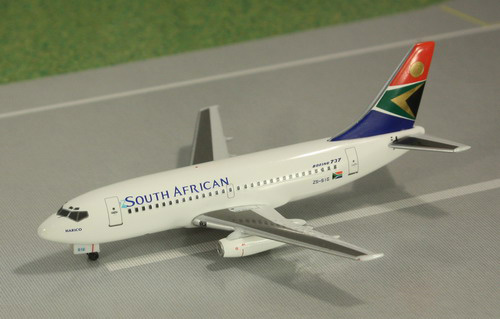 1:400 South African B737-20 ...