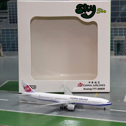 1:500 China Airlines B777-300ER
