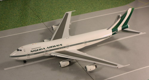 1:400 Nigeria Airways B747- ...