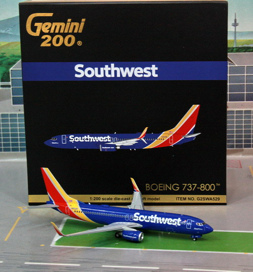 1:200 Southwest Airlines B7 ...