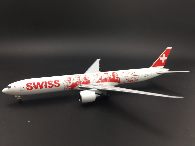 1:500 Swissair B777-300ER