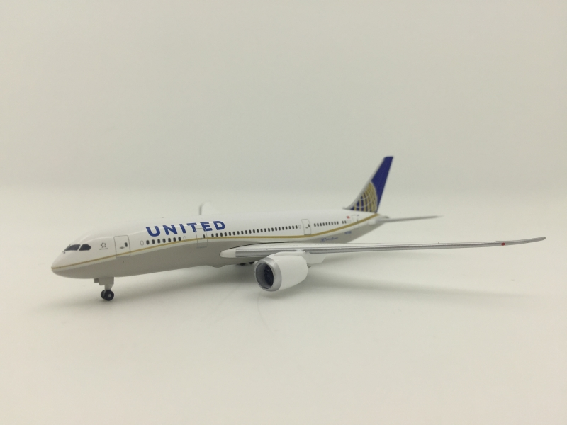 1:500 United Airlines B787- ...
