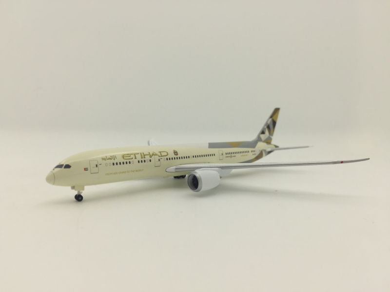 1:500 Etihad Airways B787-9
