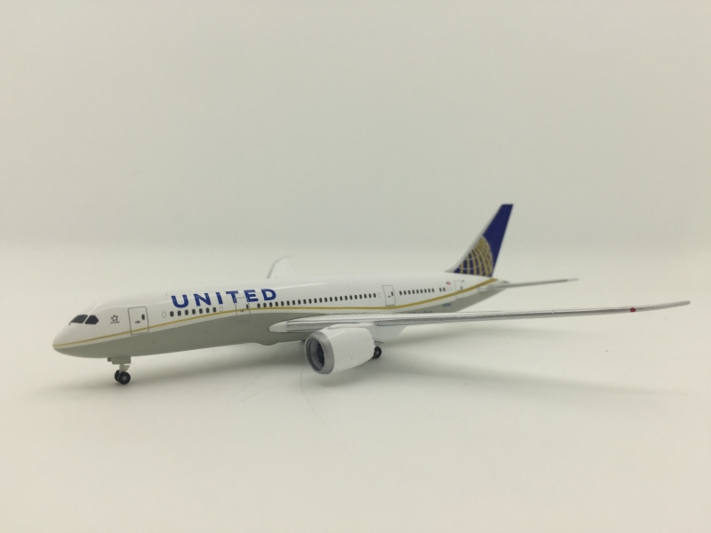 1:500 United Airlines B787-8
