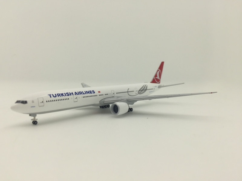 1:500 Turkish Airlines B777 ...
