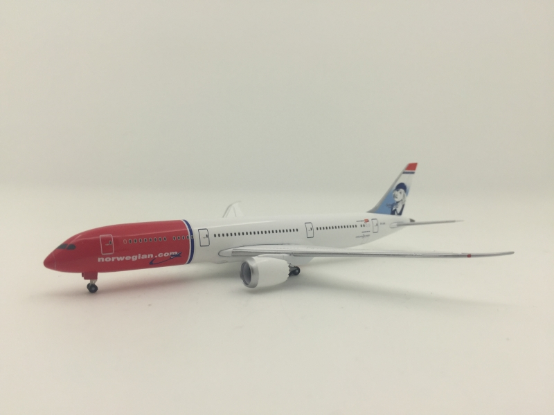 1:500 Norwegian Airlines B7 ...