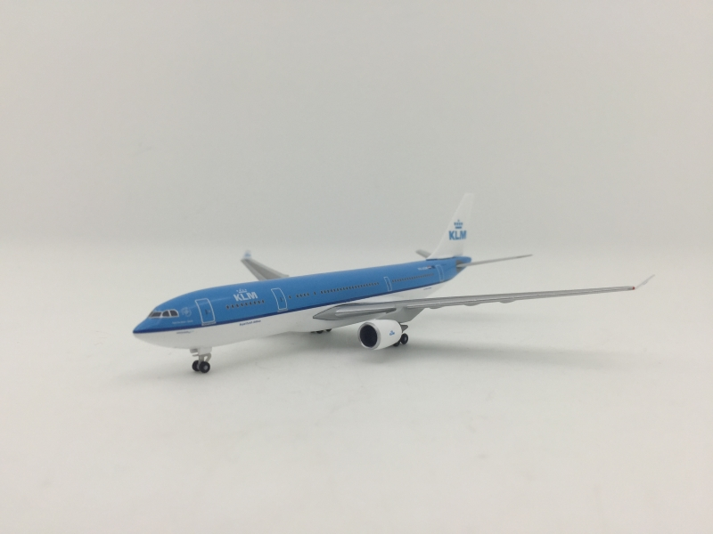 1:500 KLM A330-200