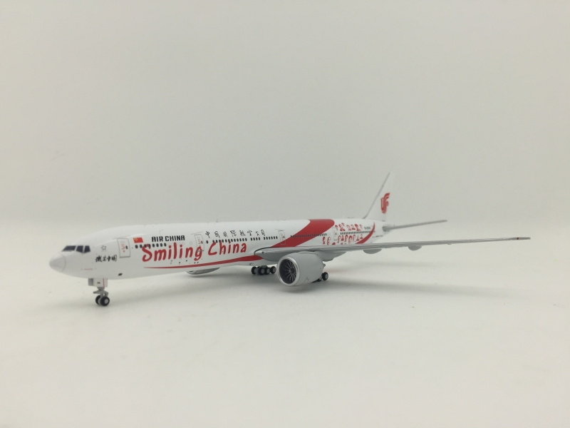 1:400 Air China B777-300ER (Smiling China Lively)