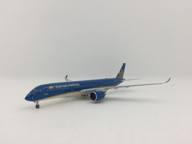 1:400 Vietnam Airlines A350 ...