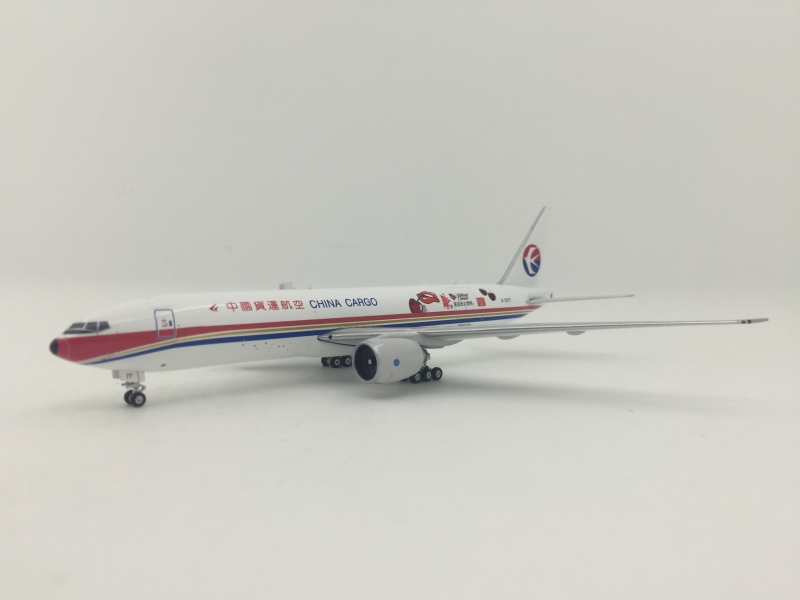1:400 China Cargo B777-200LR (U.S. Northwest Cherries Lively)