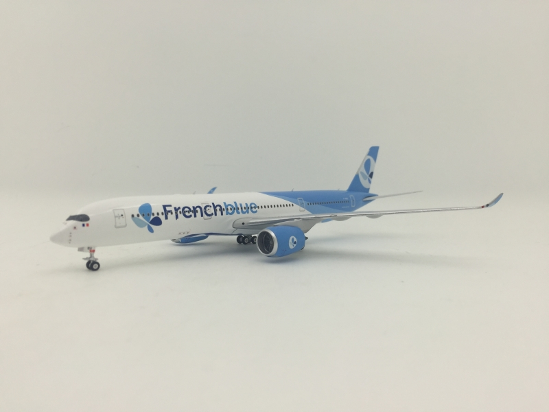 1:400 French Blue Airlines A350-900