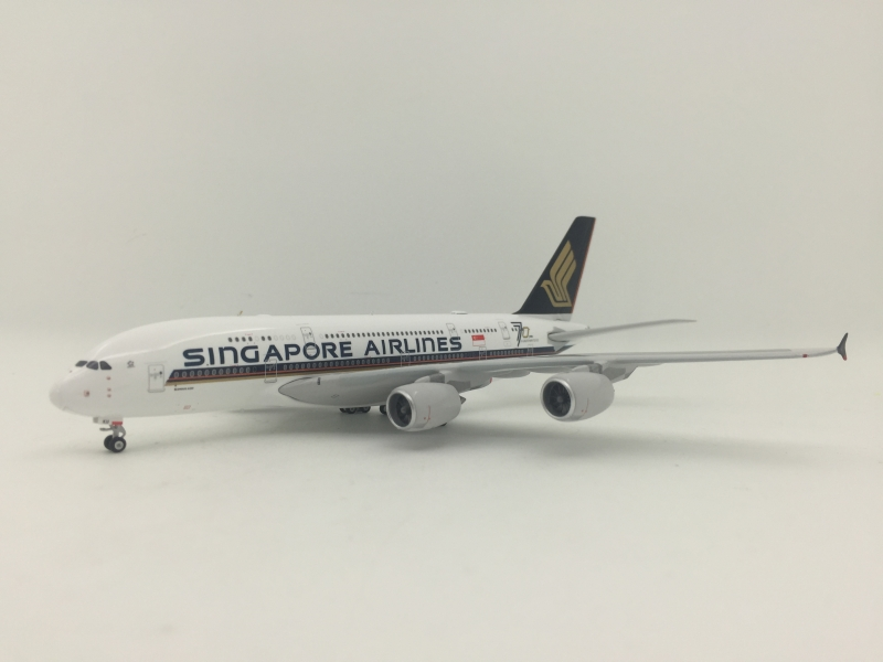 1:400 Singapore Airlines A380-800 (70 Years Lively)