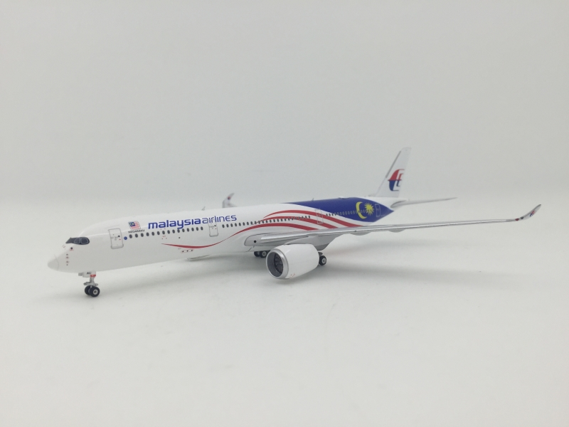 1:400 Malaysia Airlines A350-900