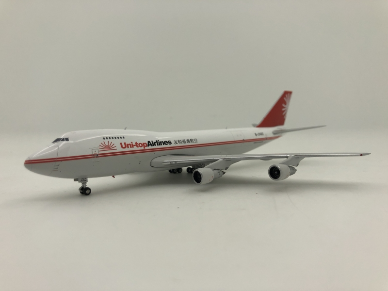 1:400 Uni-Top Airlines B747 ...