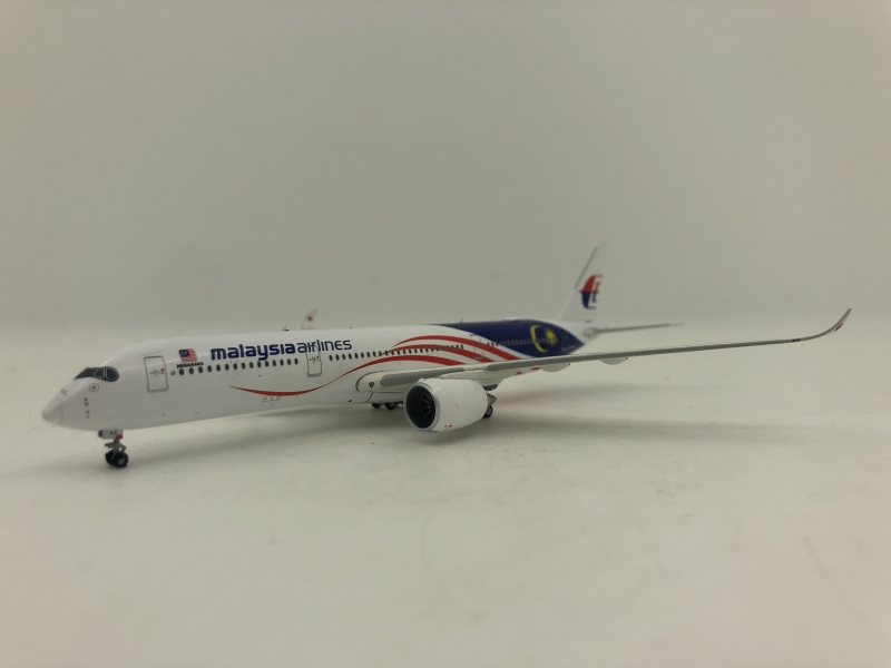 1:400 Malaysia Airlines A350-900 (Negaraku Lively)