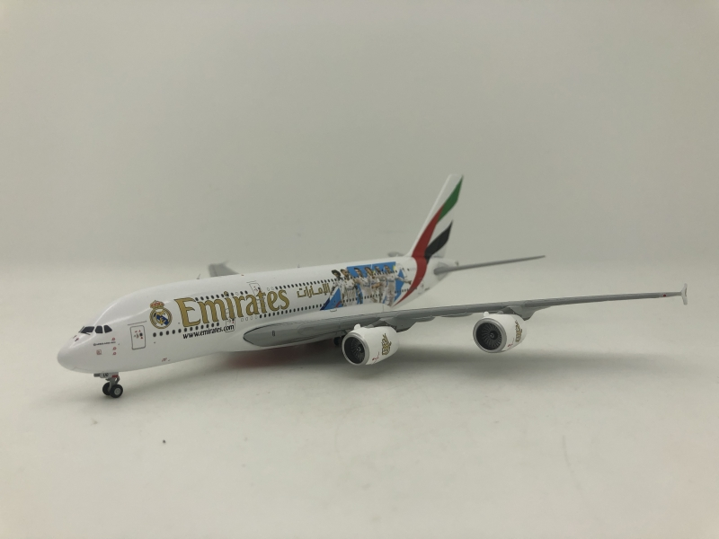 1:400 Emirates A380-800 (Re ...