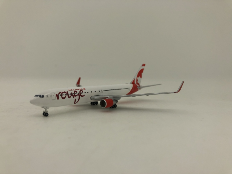 1:500 Air Canada Rough B767 ...