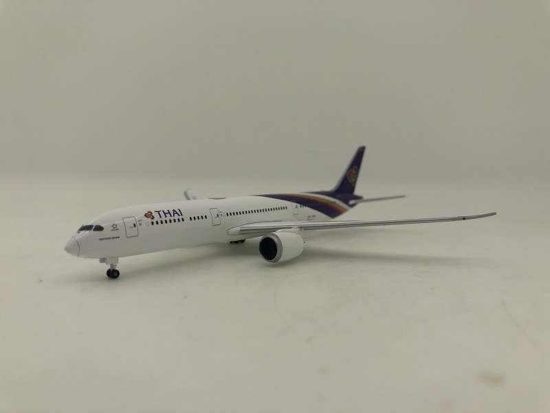 1:500 Thai Airways B787-9