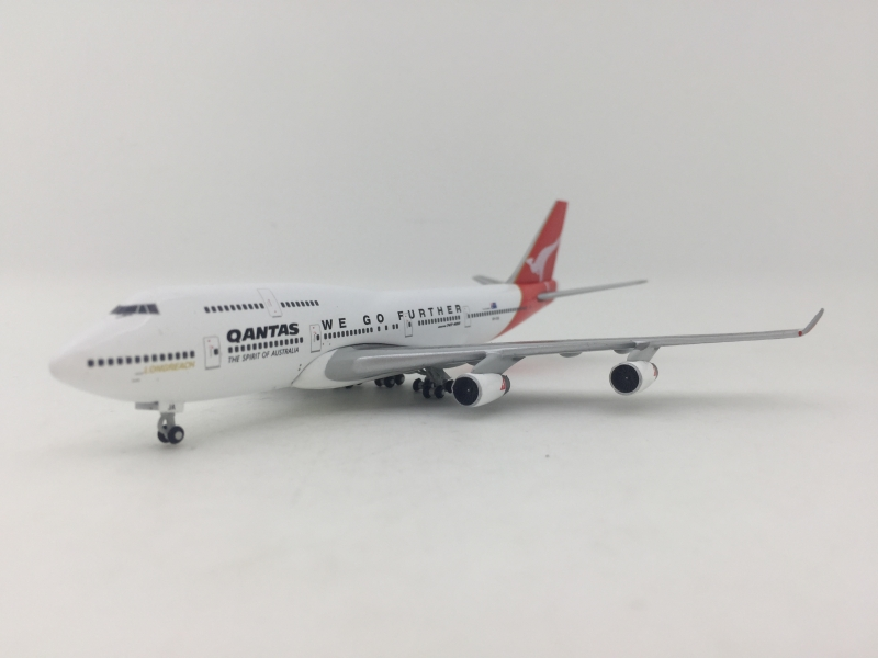 1:500 Qantas B747-400 (WE GO FURTHER Lively)