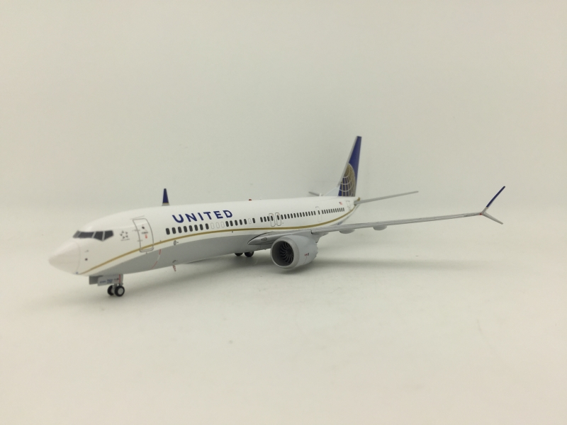 1:200 United Airlines B737 MAX 9