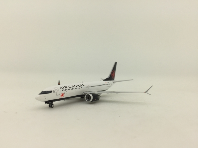 Phoenix 1:400 Air Canada B737-8 Max (New lively)