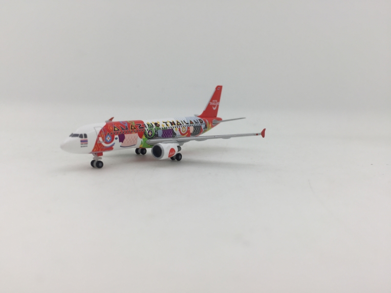Herpa 1:500 Air Asia A320 (Amazing Thailand Lively)