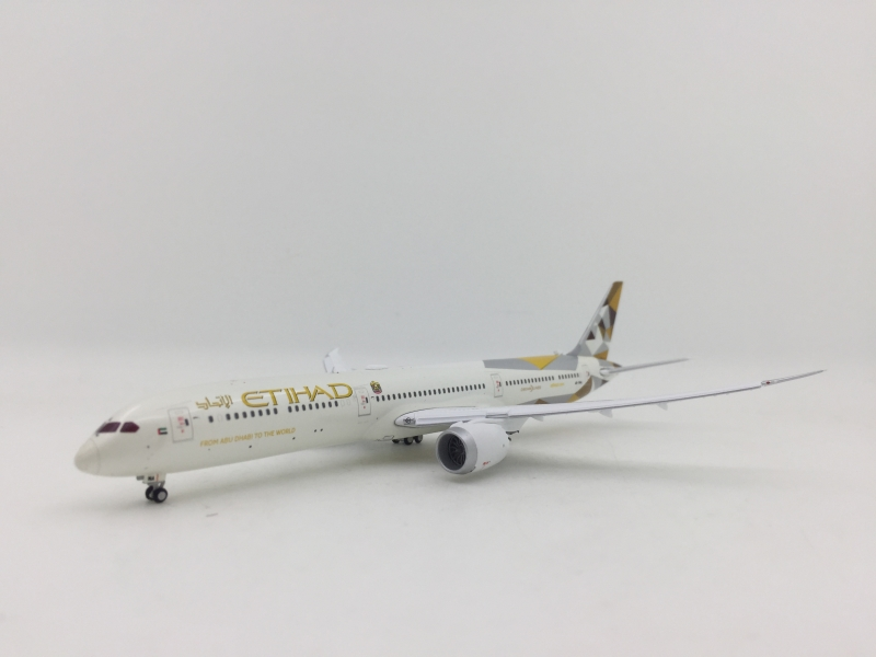 Gemini Jets 1:400 Etihad Airways B787-10 (Flaps Down Version)