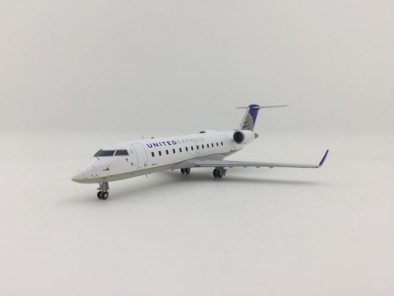 Gemini 200 1:200 United Express CRJ-200