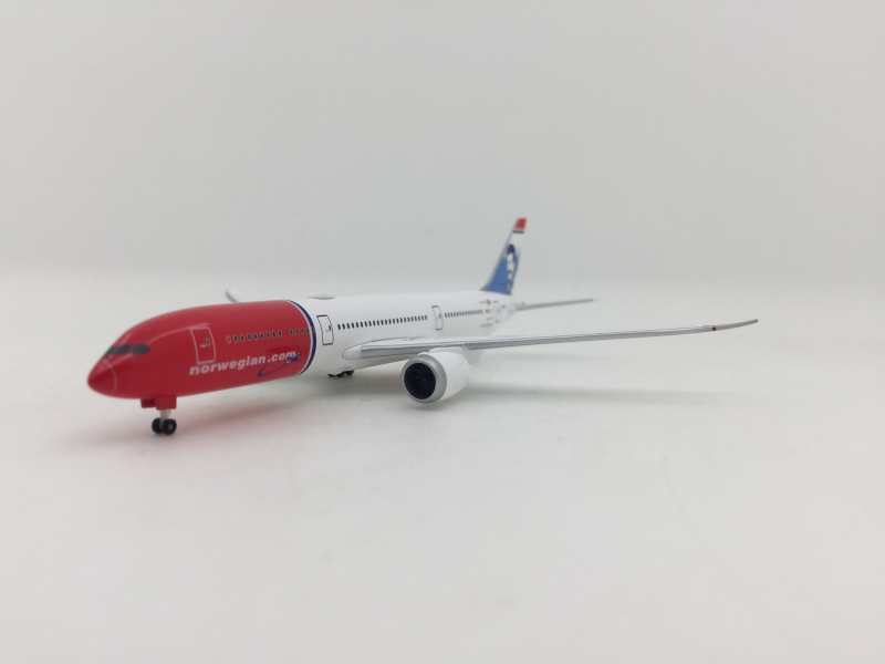 1:500 Norwegian Airlines B787-