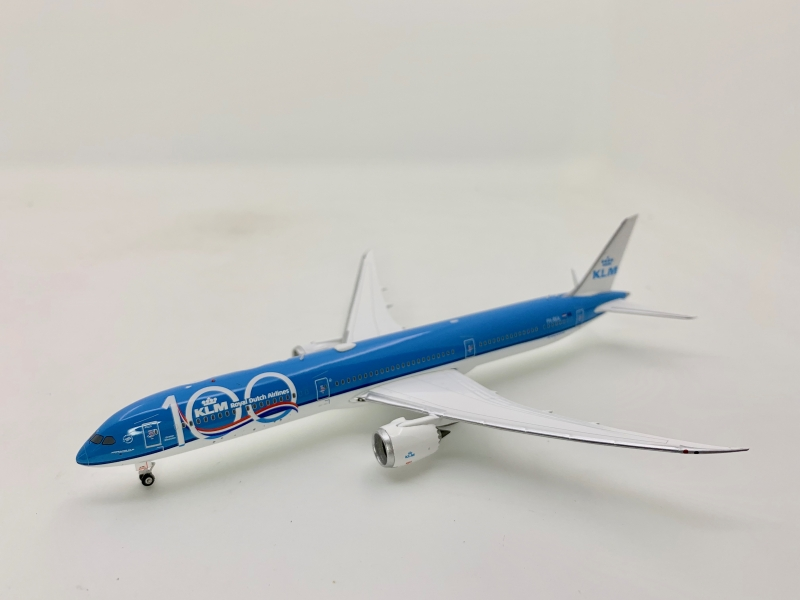 Phoenix 1:400 KLM B787-10 (100 Years of KLM Lively)