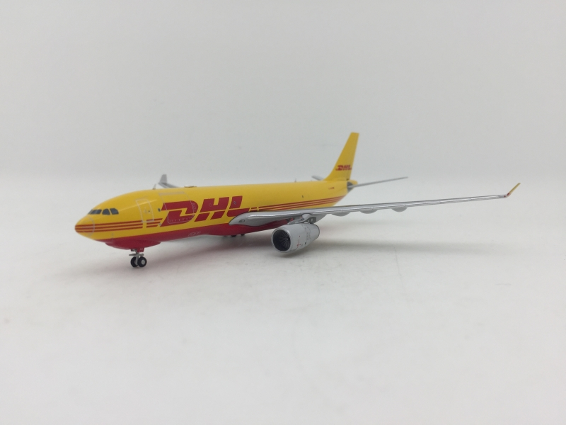 JC Wings 1:400 DHL A330-200 ...