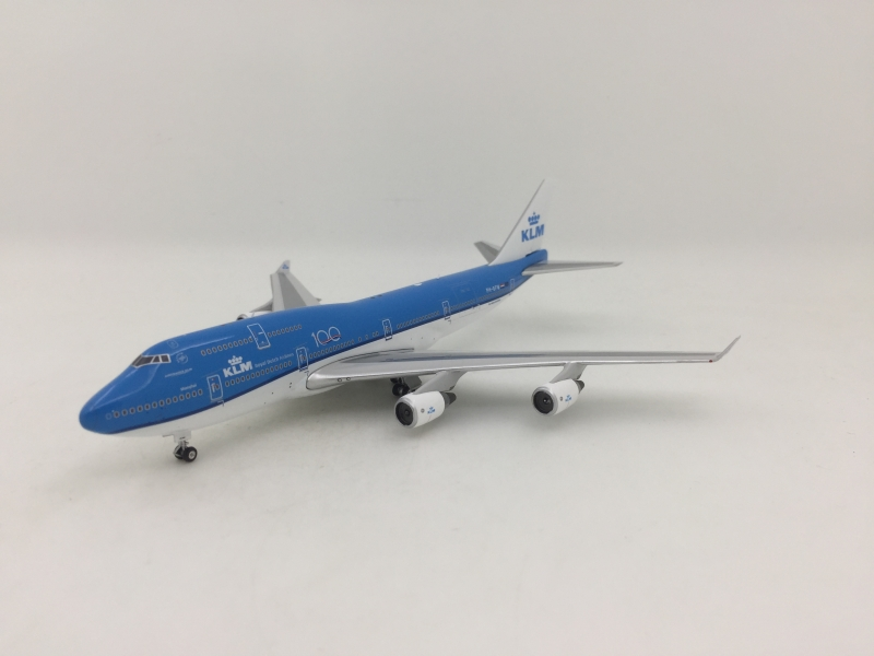 1:400 KLM B747-400 (100 Years Lively)