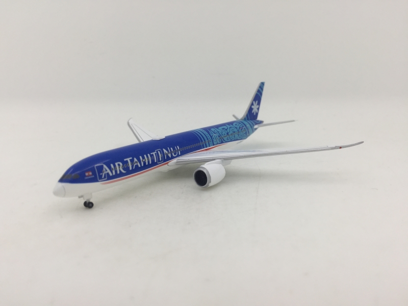 1:500 Air Tahiti Bui B787-9