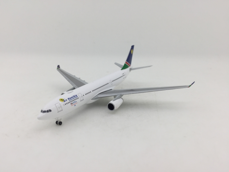 1:500 Air Namibia A330-300