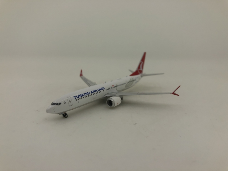 1:400 Turkish Airlines B737 ...