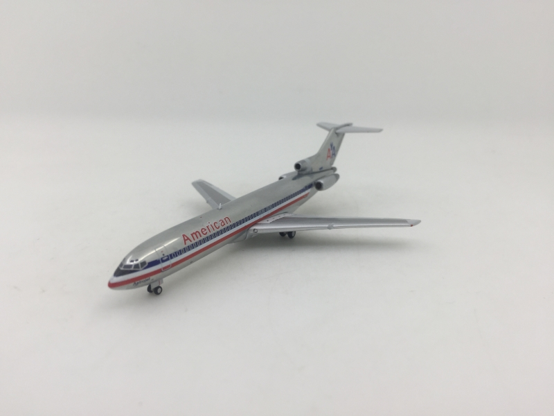 1:400 American Airlines B72 ...