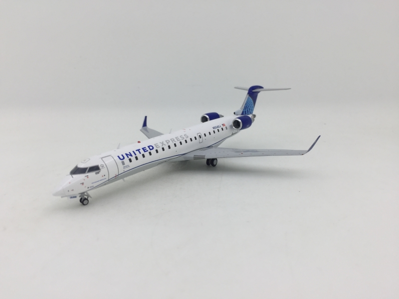 1:200 United Express CJ550