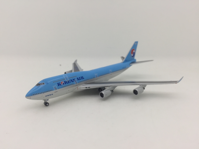 1:400 Korean Air B747-400