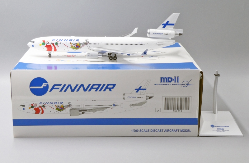 1:200 Finnair MD-11 (Santa  ...