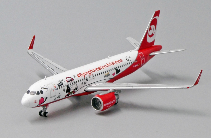 1:400 Air Berlin A320 (Flying Home For Christmas Lively)