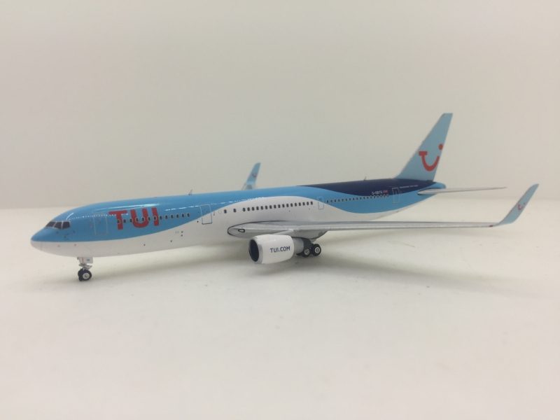 1:400 TUI Airways B767-300E ...