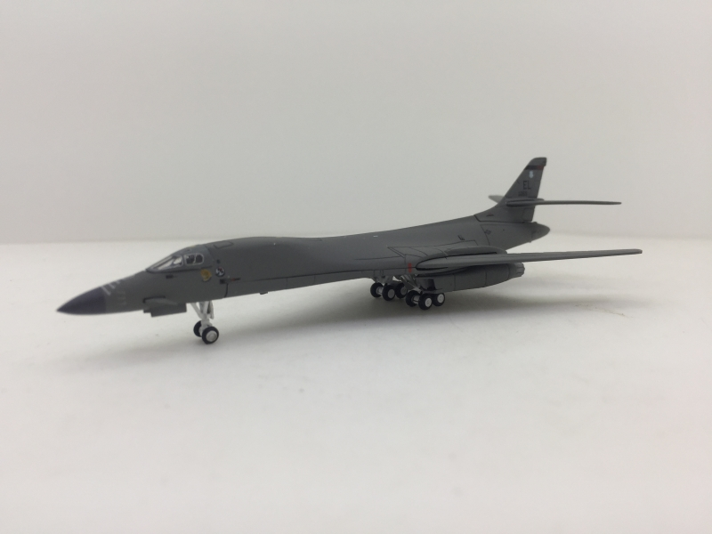 1:400 U.S. Air Force B-1B L ...